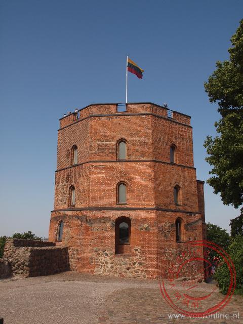 Een van de overgebleven vestingtorens van het hogere kasteel in Vilnius