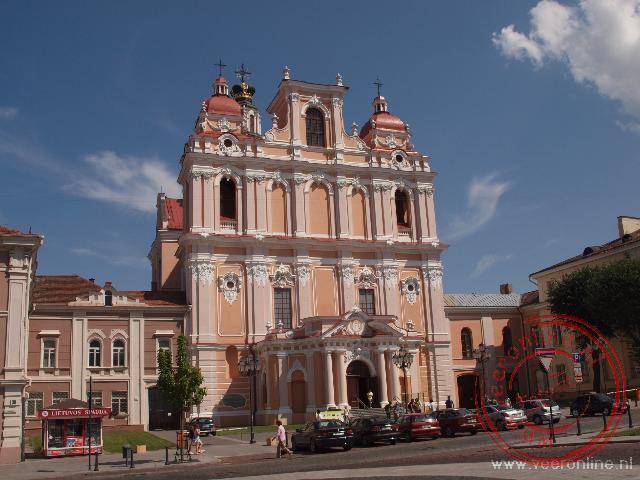 De Grote Sint Kazamirrkerk is een volledig in barokke stijl gerenoveerde Jezuïten kerk