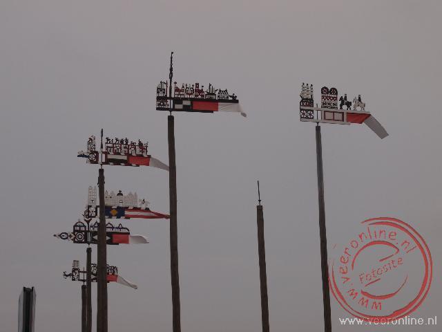 Gedecoreerde windvanen in Nida