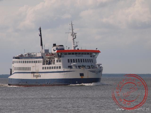De veerboot naar het eiland Saaremaa
