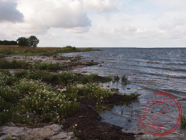 De Oostzee kust bij het schiereiland Sõrve