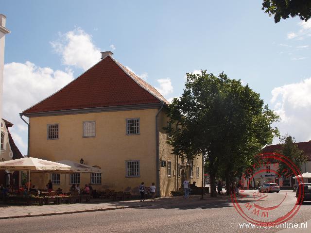 Het oude stadhuis van Kuressaare dateert uit 1670