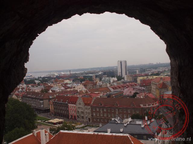 Uitzicht over Tallinn vanuit de 'Kiek in de Kök' toren