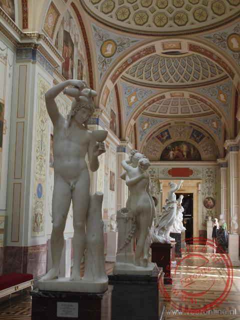 Een verzameling Europese beeldhouwkunst in de Hermitage