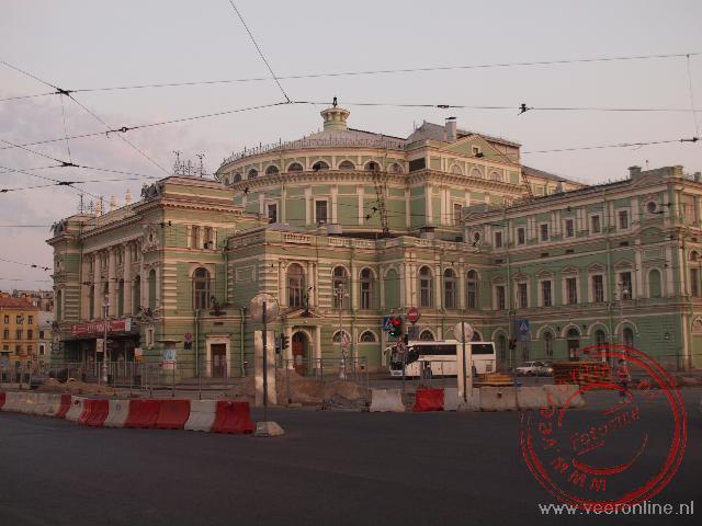 Het Marijinski theater is sinds 1860 het gebouw van het beroemde Marijinski Opera- en balletgezelschap.