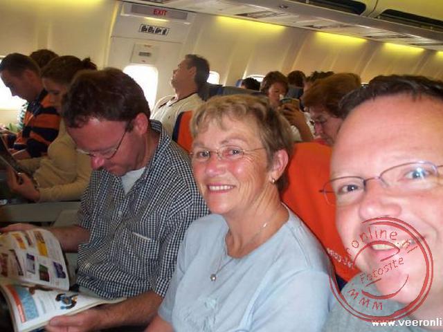 Op de heenweg in het vliegtuig met bestemming Barcelona