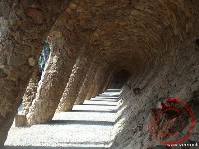 De zuilengang in het Parc Güell