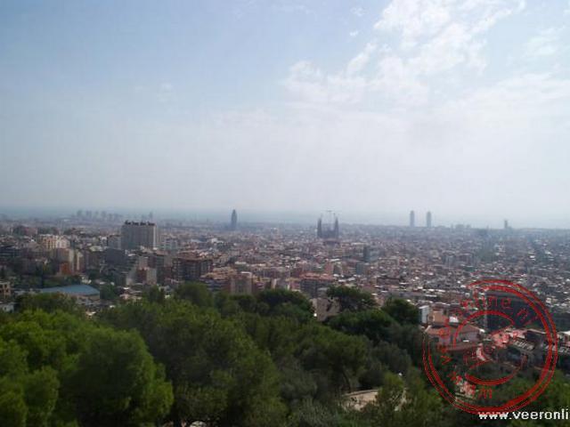 Het uitzicht over de stad Barcelona vanuit het Parc Güell