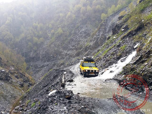 Met Brutus op weg naar het bergdorp Ushguli