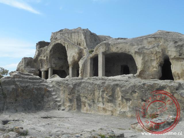 De oude rotswoningen in Uplistsikhe nabij Gori