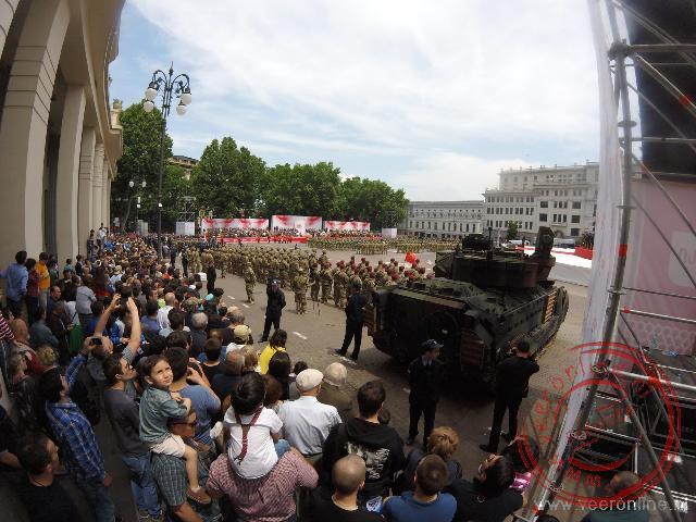 Tanks op het plein tijdens de militaire parade
