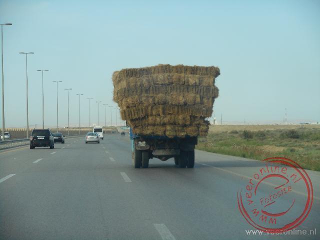 Alles kan vervoerd worden op de snelweg in Azerbeidzjan