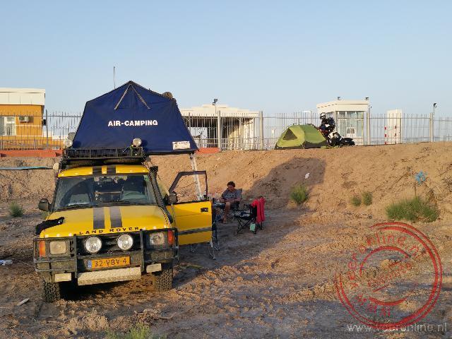 Kamperen op de grens tussen Turkmenistan en Oezbekistan