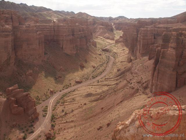 De indrukwekkende Charyn Canyon