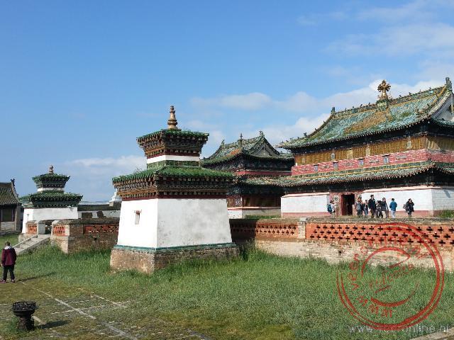 De west, midden en oost tempel in Erdene Zuu