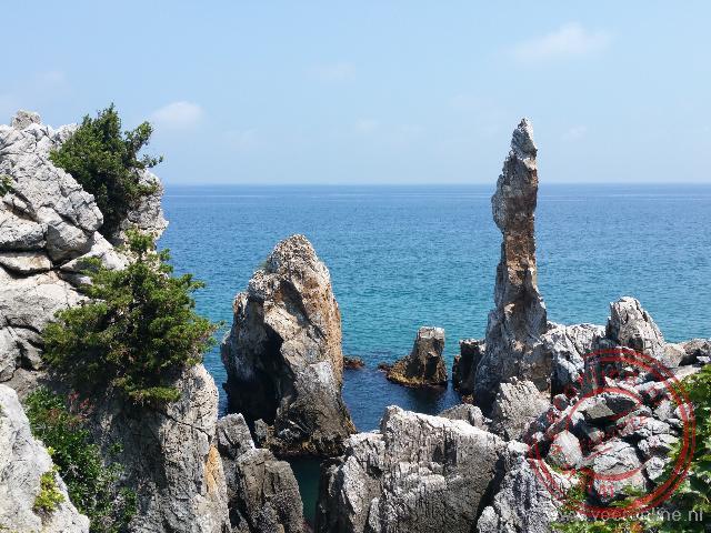 De Chotdaebawi rock vormt dagelijks de achtergrond op de Koreaanse televisie