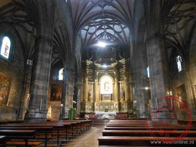 Het interieur van de Basilica de Begoño