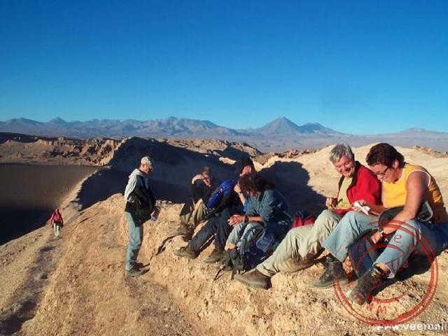 Wachten op de zonsondergang in de Valle de la Luna