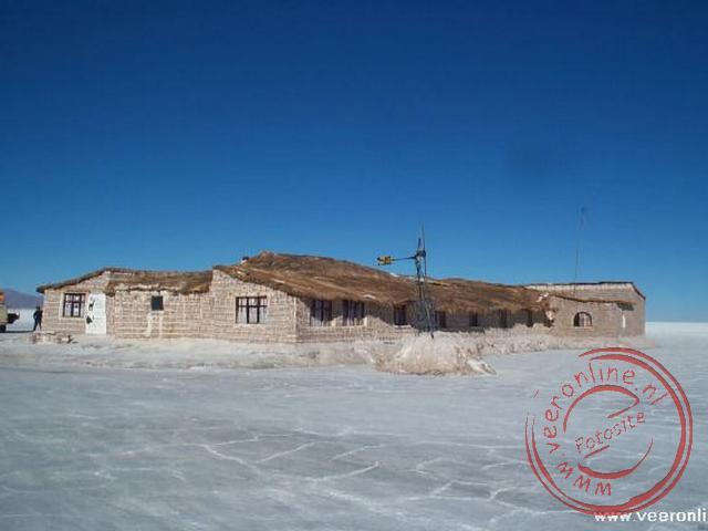 Het zouthotel op het zoutmeer van Uyuni