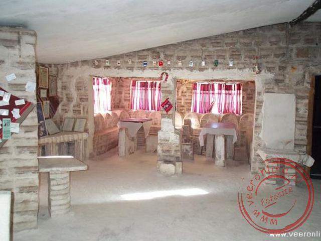 Het interieur van het zouthotel. Het hotel is niet meer in gebruik als hotel