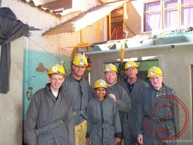 Een groepsfoto voor ons bezoek aan de mijnen