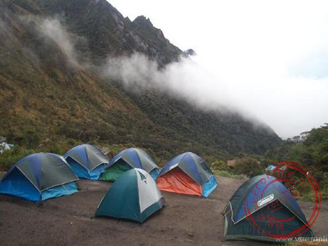 Een overzicht van de tweede overnachtingsplaats in Pacaymayu.