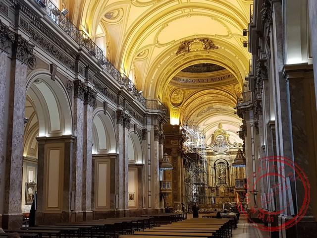 De kathedraal aan de Plaza de Mayo in Buenos Aires