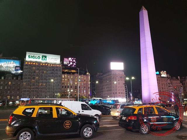 De Obelisk werd in 1936 opgericht om het 400 jarig bestaan van de stad te herdenken