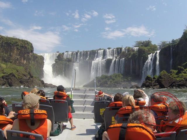 Met de boot over de Iguazú rivier
