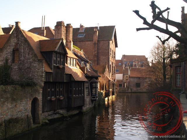 De achterzijde van het Arentshuis in Brugge