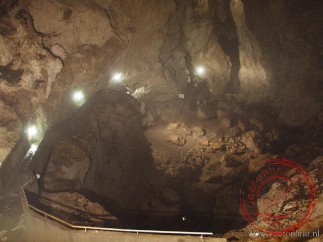 De Devils Throat Cave