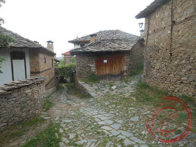 Het straatbeeld in Leshten