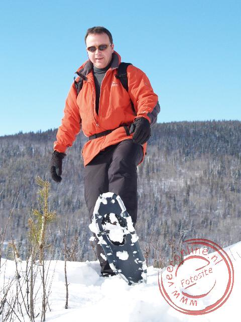 Canadian Rocky Mountains - Ronald met sneeuwschoenen