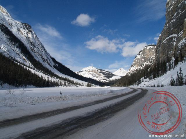 Canadian Rocky Mountains - De Icefield Parkway