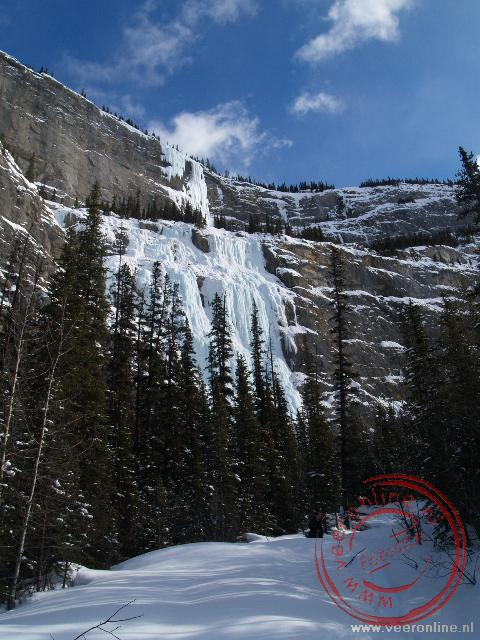 De bevroren waterval The Weeping Wall