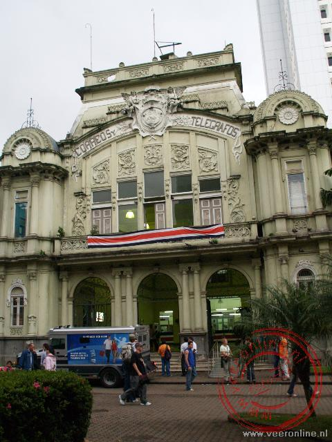 Het correos, het postkantoor in San José