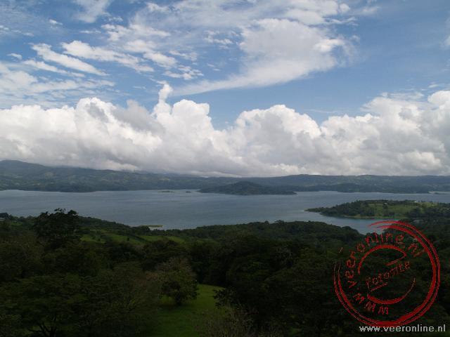 Het stuwmeer van Arenal zorgt voor de elektriciteitsvoorziening van Costa Rica