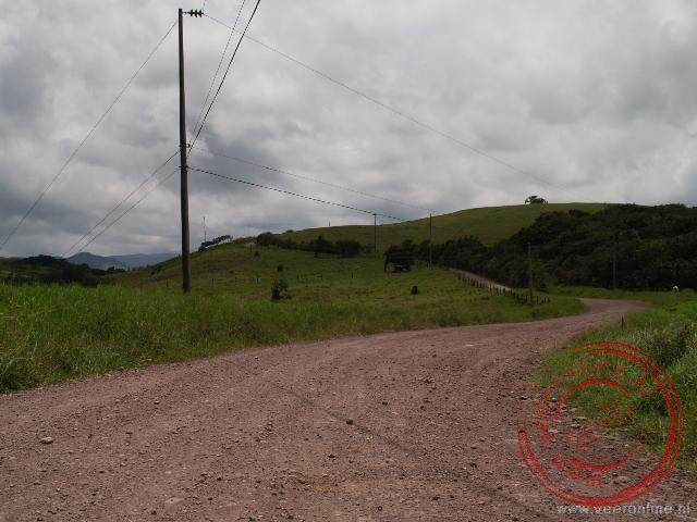 Op deze weg kunnen geen hoge snelheden bereikt worden