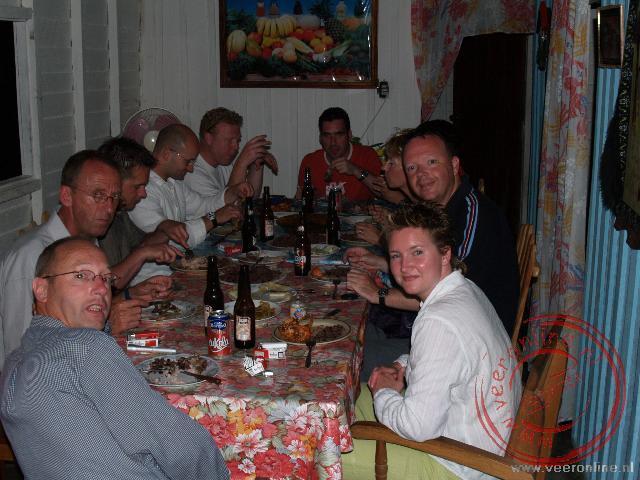 Eten in de huiskamer bij de Cubanen thuis
