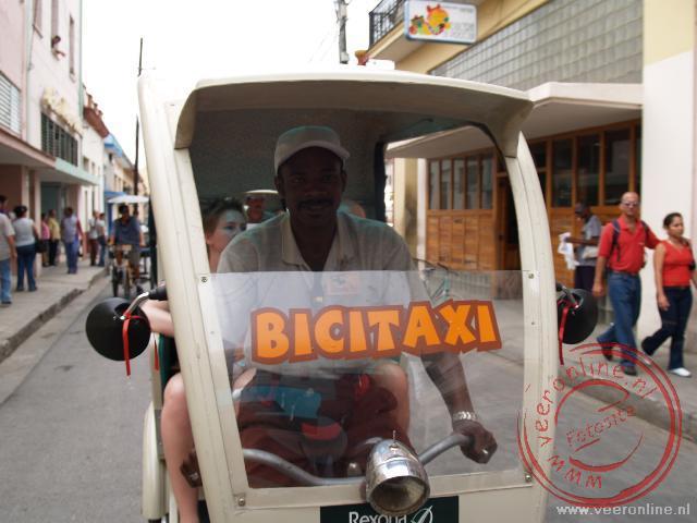 Met de fietstaxi door Camagüey