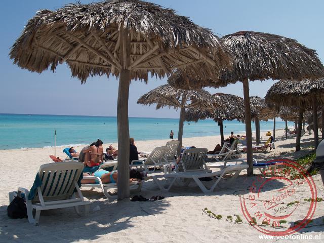 Lekker uitrusten op het strand