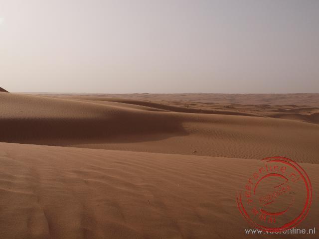 De zandduinen van de Wahiba Sands