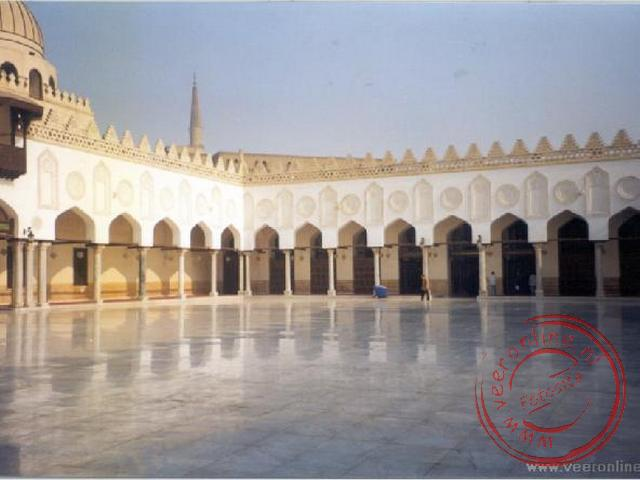 De oudste moskee van Egypte, de Amr Ibn al-Aas moskee in Cairo