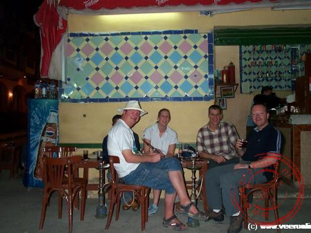Een drankje bij een barretje op de soek van Aswan