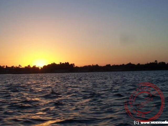 De zonsopgang op de Nijl