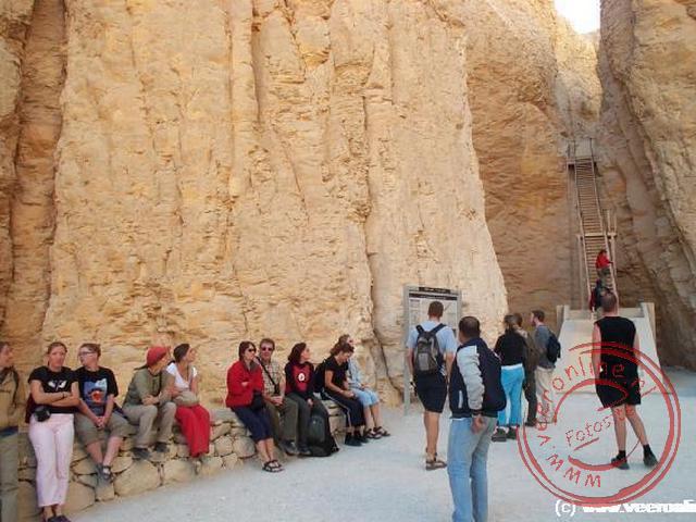 Het koningsdal (valley of the kings) bij de graftombe van Thoetmosis III