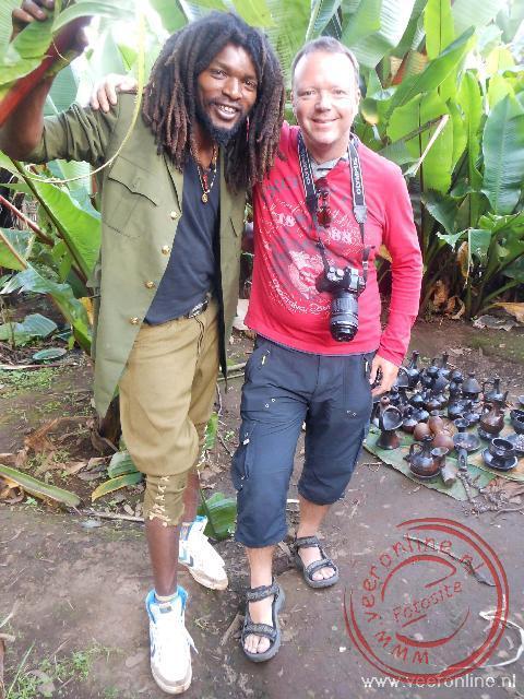 Samen met het stamhoofd Makonnen op de foto