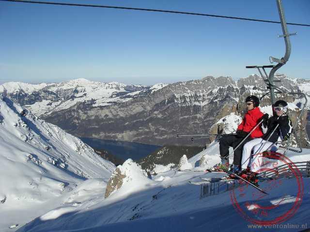 Het skigebied Flumserberg met uitzicht op de Walensee
