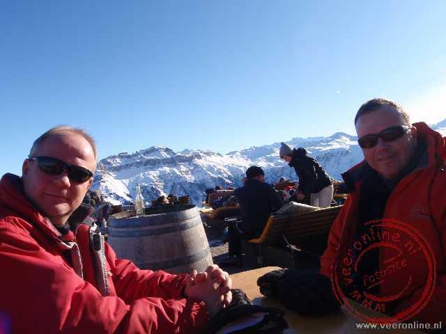 Ron en Ronald op het terras