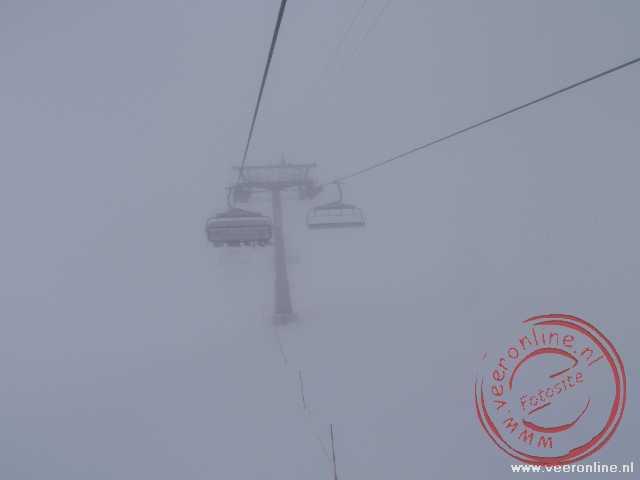 De lift in de mist